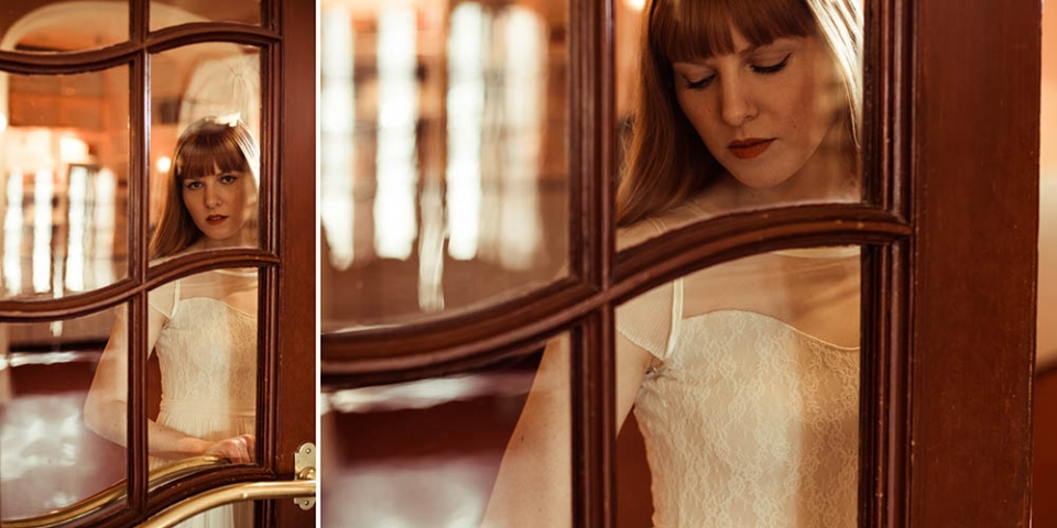 Hochzeitsfotograf Hamburg-Frau Siemers- Brautkleid Modeshooting AveevA- Schauspielhaus Hamburg- Braut