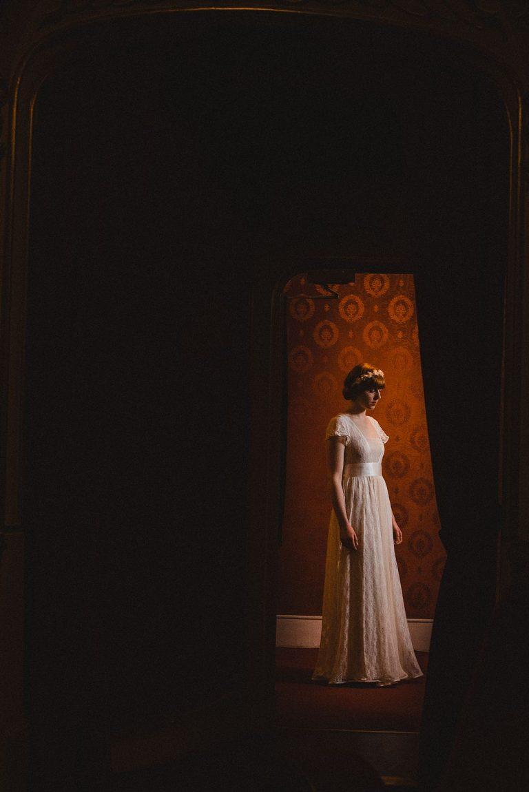 Brautmode Hamburg- AveevA- Schauspielhaus Hamburg- Editorial-Brautkleid aus Spitze