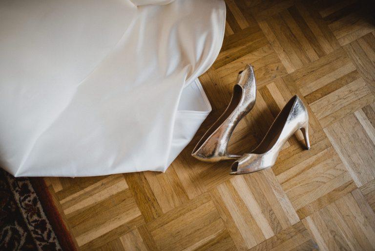 Hochzeitsfotografie Hamburg-Frau-Siemers-Brautschuhe