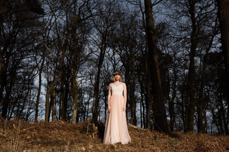 Brautmode Hamburg- Kollektion Spring- Rosefarbenes Hochzeitskleid.