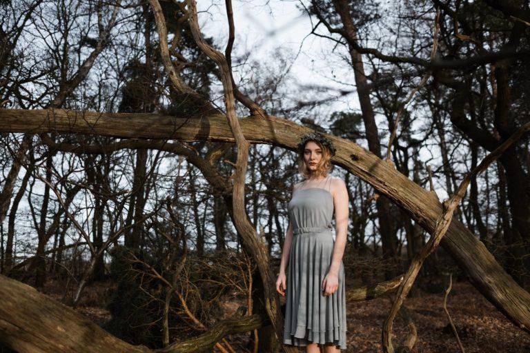 Brautmode Hamburg- Kollektion Spring- festliches Sommerkleid mit Spaghettiträgern