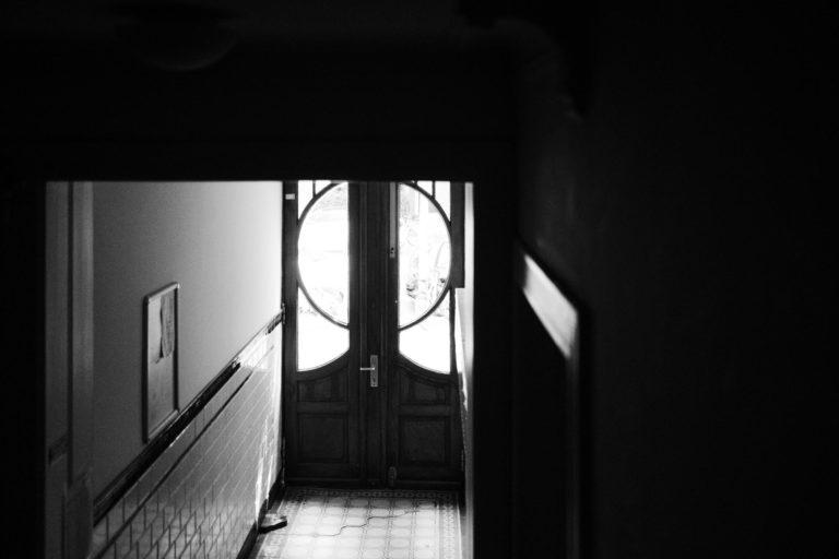 Getting Ready zu Hause- Eingangstür.